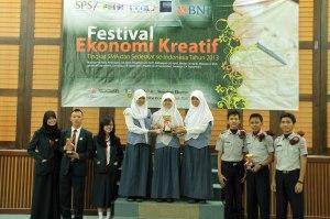Juara I - III Lomba Debat FEKSI 2013 wilayah Sumatera Selatan di Palembang.